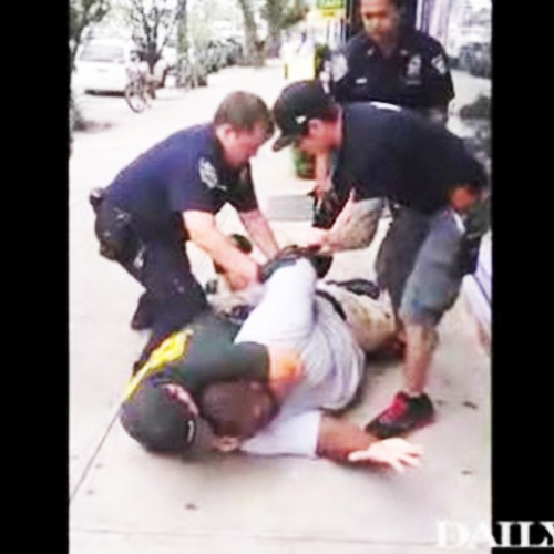 Cops Slam Dad's Face Into Concrete, Choke Him Until He Dies (VIDEO)