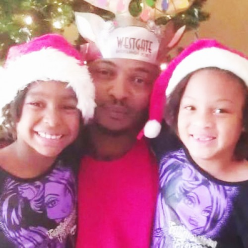 """Cop Shoots Father of Four to Death for """"Having Hand in Pocket,"""" Father Was Pulling Out Medicine"""