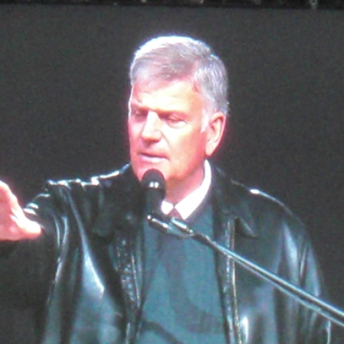 Franklin Graham Speaks Out on Obeying Cops