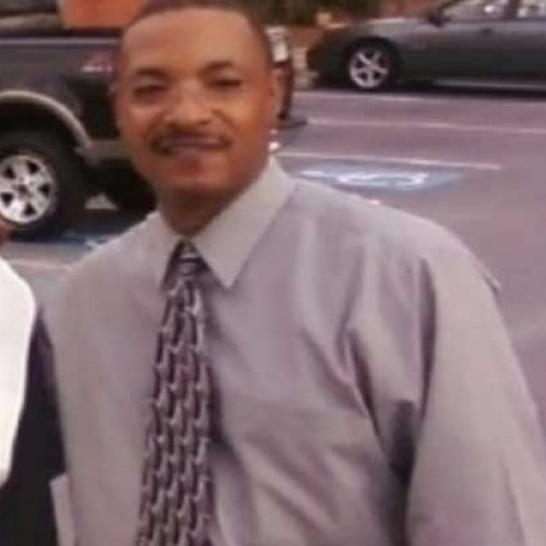 Hero Security Guard Diffuses Hostage Situation Only to be Fatally Shot by Late Arriving Cops