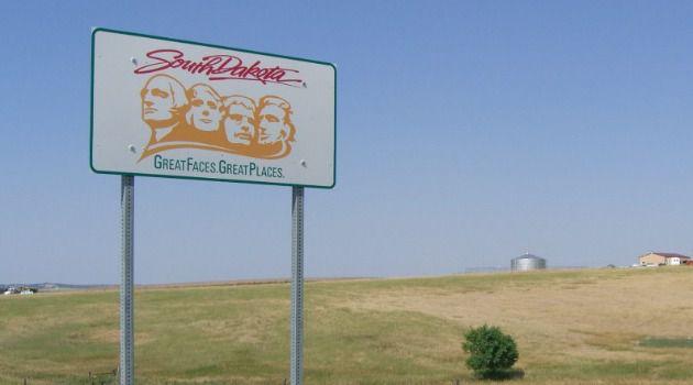 w-welcome-to-south-dakota-112134-1425564945