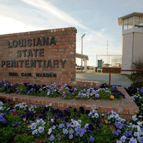 Louisiana Correctional Officer Pleads Guilty to Beating Handcuffed and Shackled Inmate