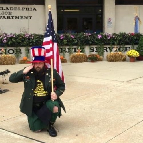 [WATCH] Army Veteran Kneels Outside Pennsylvania Police Stations to Protest Brutality