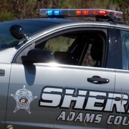 Suburban Denver Deputy Snaps Man's Middle Finger After he Flipped Lawman Off