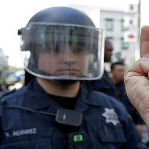 Giving Middle Finger to Police is a First Amendment Right Man Argues in Lawsuit Over Ticket