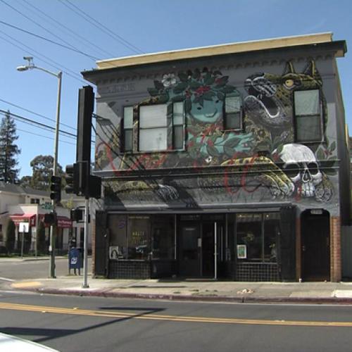 WATCH: Oakland Cafe Won't Serve Cops