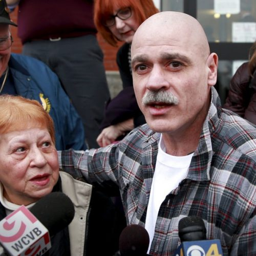 Man Sues Police Who Framed Him After Spending 30 Years in Prison For Crime he Didn't Commit