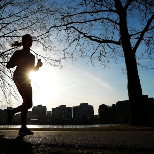 French Woman Visiting Canada Detained in the US For 2 Weeks After Accidentally Crossing The Border While Jogging