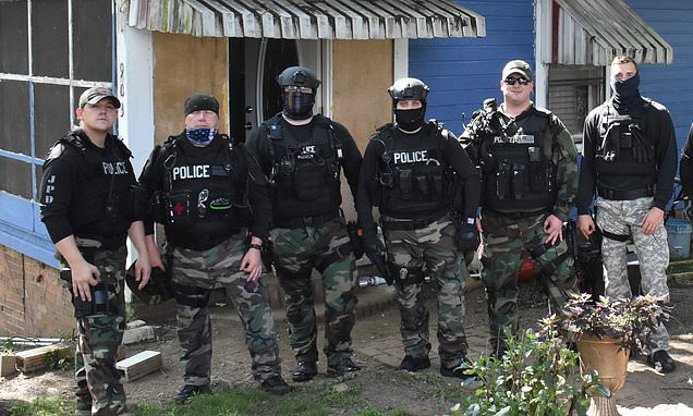 Alabama Officers Suspended Over Alleged 'Hoax' White Power Hand Gesture In Photo